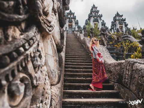 Why does life change after a trip to Bali?